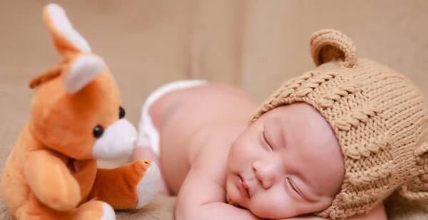 宝宝的上下牙齿无法接近,从而形成龅牙,地包天,就算长大后可以做牙齿图片