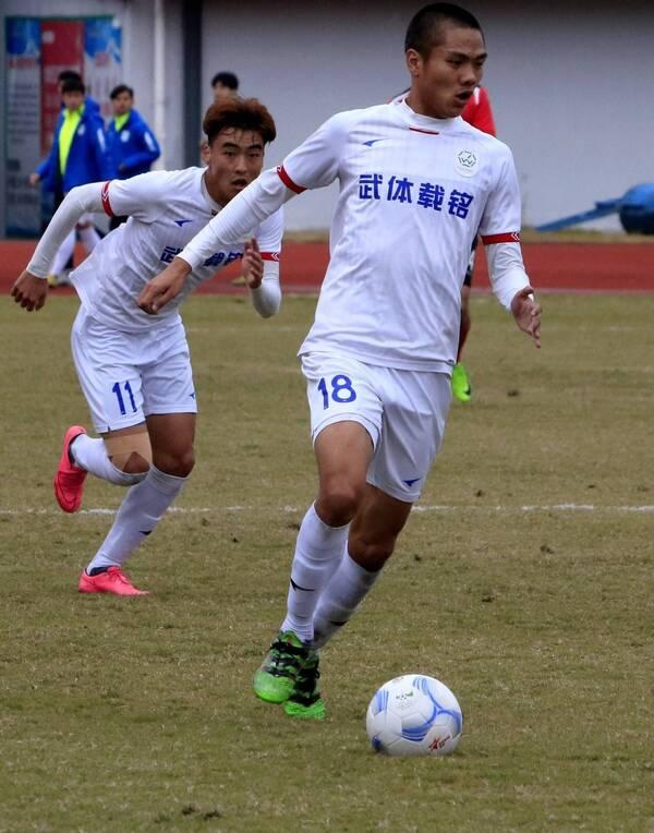 拼搏!足球总决赛上演,2018湖北省足协杯赛决