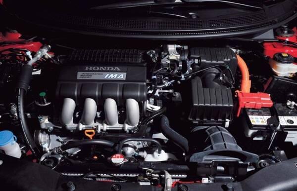 为何车子的发动机参数很强,但开着却很肉?老司机:你可能被骗了