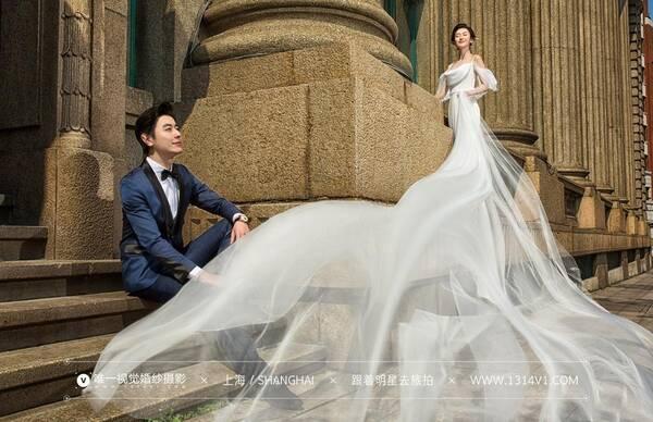 上海拍婚纱照_上海婚纱照摄师怎么选