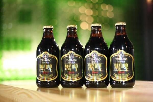 除了原味黑啤之外,青岛啤酒还做过其他风味的尝试,比如推出枣味黑啤.