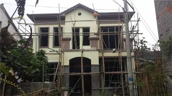 造价35万两层欧式小别墅设计,村里人都说我家的房子丑
