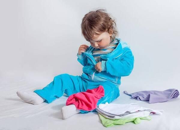 让孩子自己穿衣服,竟有这么多好处!