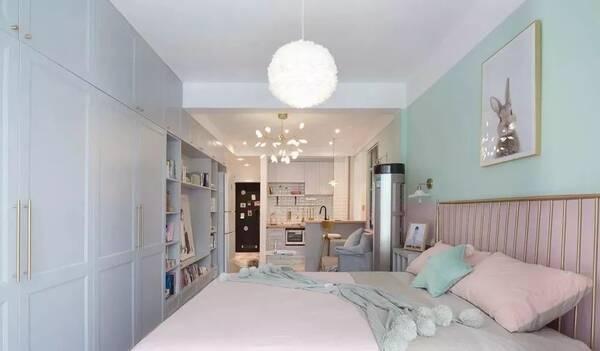 全景空间,客厅卧室一体空间,金属床铺搭配.图片