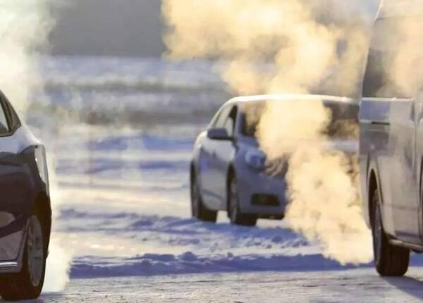 """维修师傅提醒:冬季养车最好记住这4点,不然车子易留""""后遗症"""""""