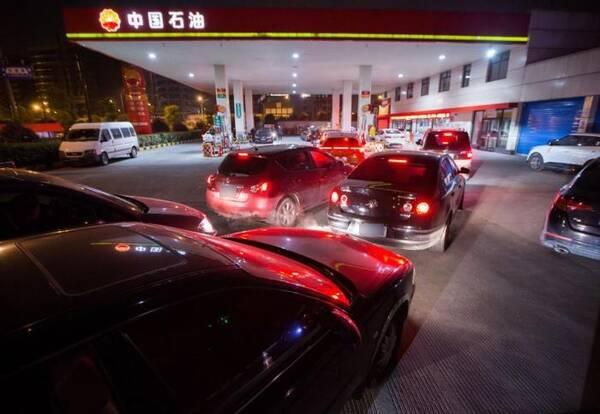 中国车主独有的4种怪象!老外感到很奇怪,国人认为很应该
