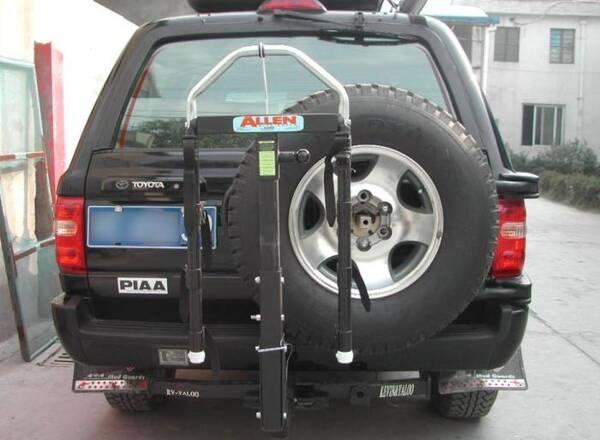 为何备胎后挂的SUV越来越少了?内行人解释道:纯属花钱买罪受