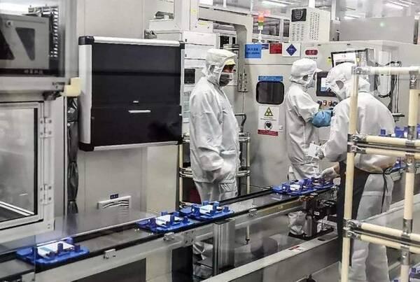 国产电池老大不是比亚迪?这家企业成立7年,让宝马奔驰抢着合作