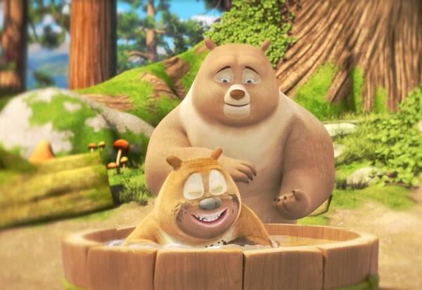 周游世界后的熊大熊二重回森林,光头强也追着他们回到丛林,继续开始图片
