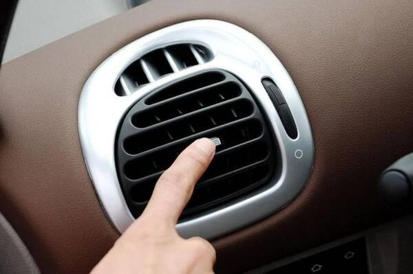 """开了多年的车,还有车主不知道用""""除异味按键""""?就在眼皮子底下"""