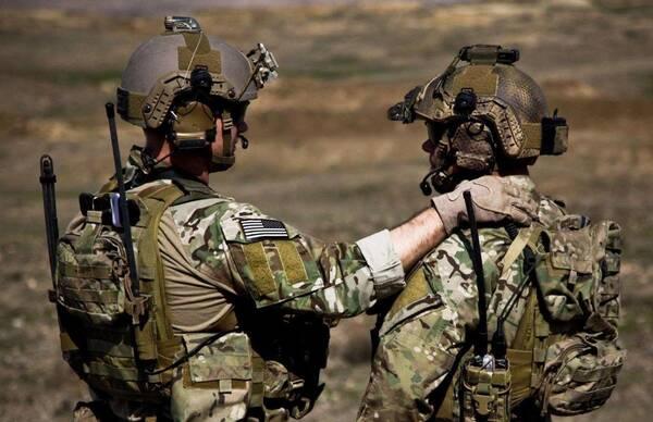 最近,军事新闻相继报道了中国陆军雪枫特战旅的魔鬼训练,我们得以窥见