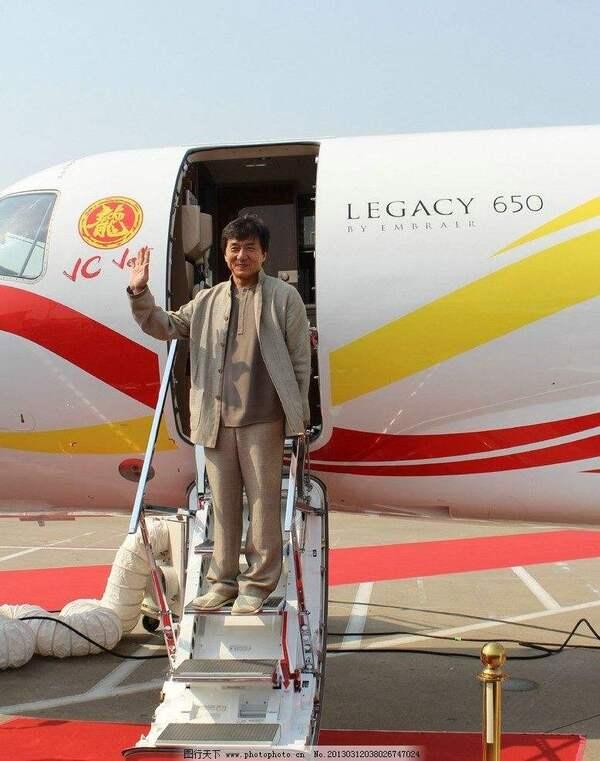 赵本山的飞机2亿,成龙的飞机7亿,常香玉的飞机无价?