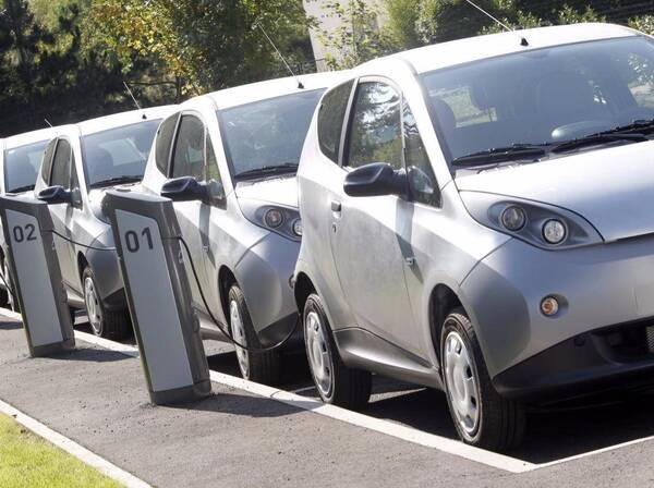戴森:从电吹风到电动汽车,总共分几步?