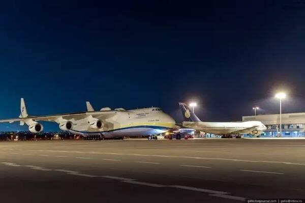 an-225 虽然an-225拥有905平方米的机翼面积比美国的h-4大力神飞机要