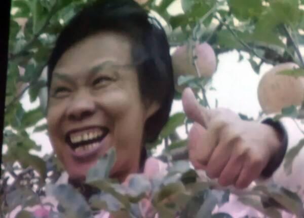 """章必功说,钟国康能够把自己做大做强,一个是因为他勤奋,""""天道酬勤啊"""""""