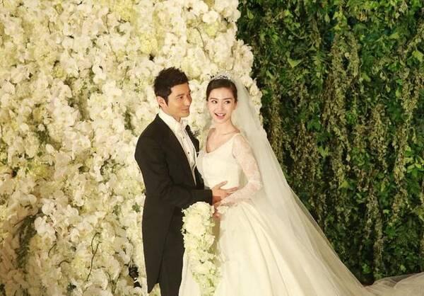宋仲基宋慧乔大婚现场照流出,风格与黄晓明杨颖夫妇婚礼相似图片