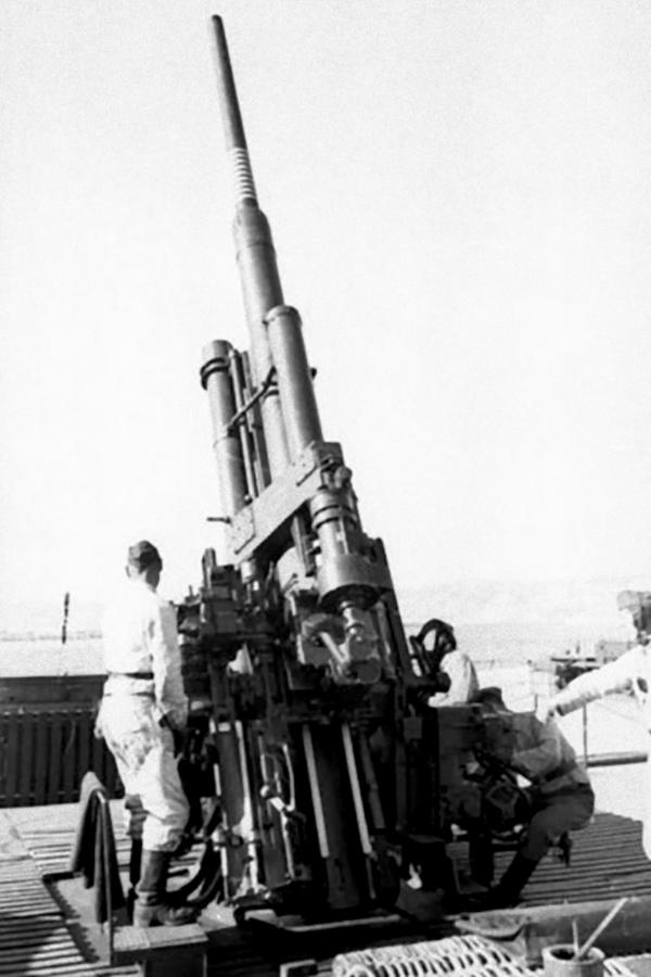 巨大的城市防御堡垒 二战德国防空火炮塔