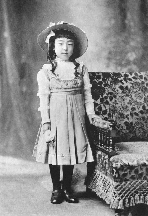 遭裕仁天皇悔婚,日本最强硬老丈人 先杀女儿,再全家自杀图片