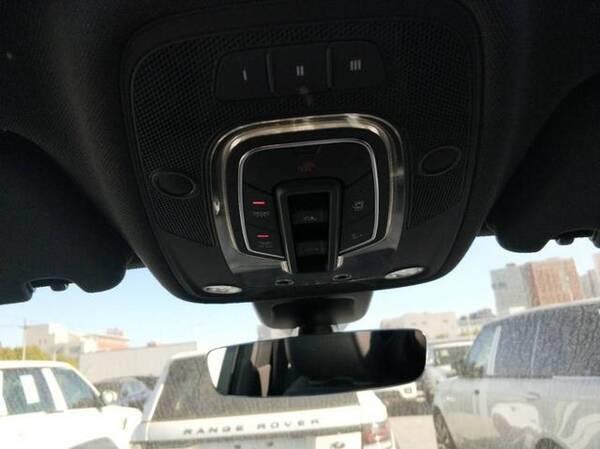 17款奥迪Q7天津港大量现车成灾