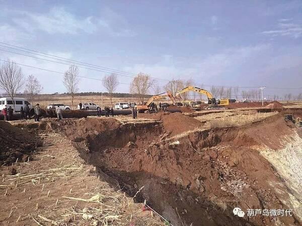 昨天下午,葫芦岛金地矿业有限公司在南票区大兴乡石灰窑子后山膨润土