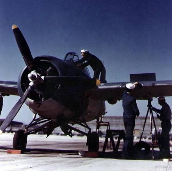 决胜力量:二战期间美国十大飞机制造企业排行榜