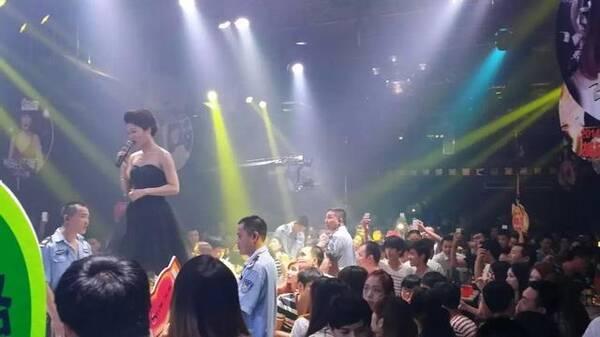 卖酒商城2017年最有态度的新锐歌手桂莹莹,《过气的情人》蹿红网络!