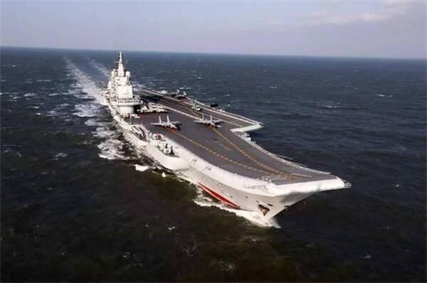 因为改成机库之后,会破坏航母原有的船体结构;二一种说法是,彻底切除