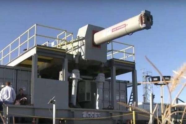 电磁轨道炮视频_美刊称中国轨道炮和电磁弹射器获突破