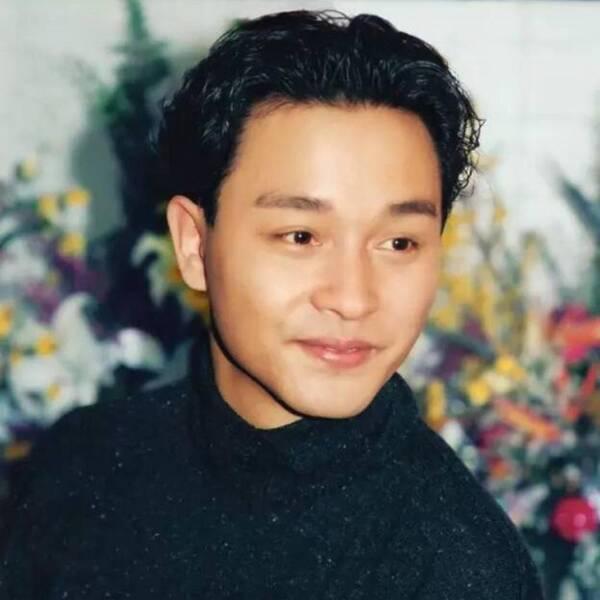 陈志朋46岁尺度大开,晒背面全裸自拍,吴奇隆苏有朋直接看傻