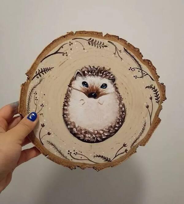 更好的利用 发挥其更高的价值 可以在木片上画小或者画大 主要的素材图片