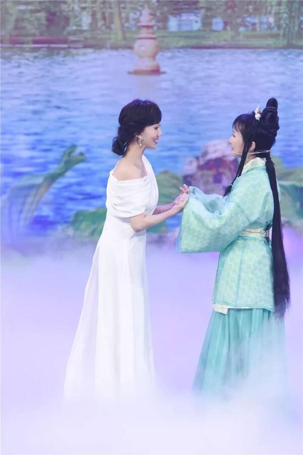 《新白娘子传奇》主演时隔26年重聚杭州!韩雪