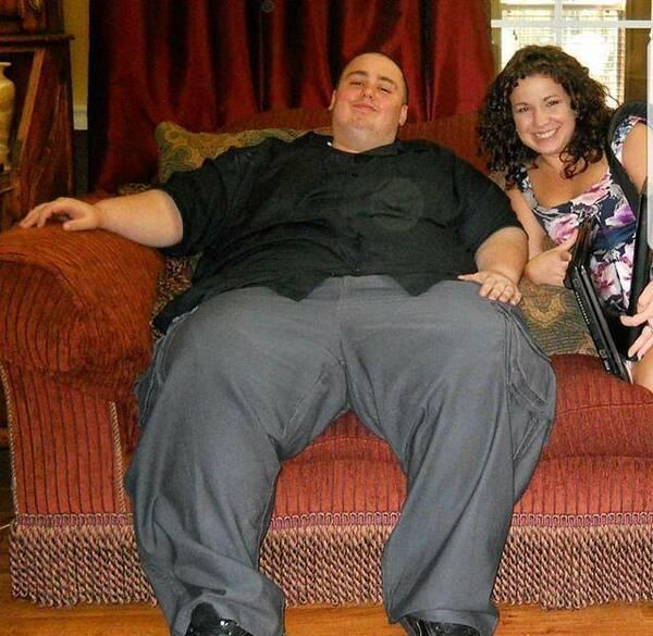 400斤大胖子减肥6年成健身教练,更幸福的是他
