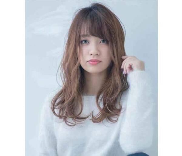 7种不同脸型的女生 如何找到适合自己且显脸小的好看发型?图片