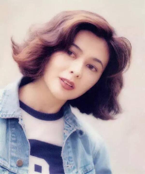 王祖贤,关之琳,钟楚红,温碧霞…90年代女港星发型比图片