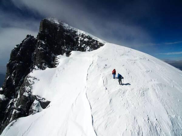 梦见在雪山上被困