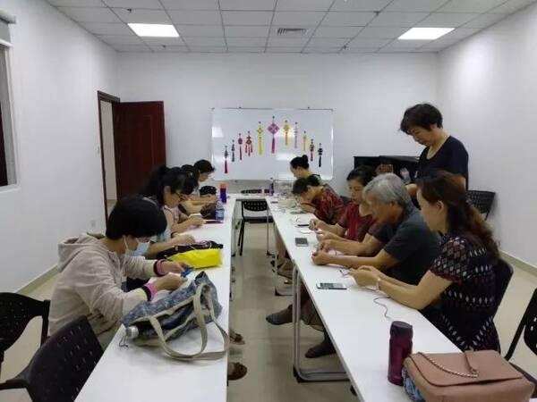 【艺术公益课堂】中国结艺,油纸伞课程结业,手作课堂