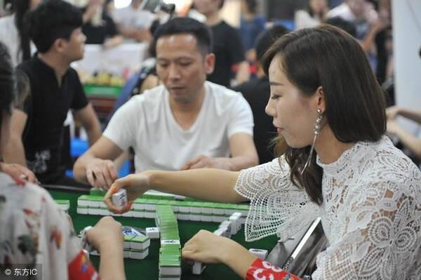 打牌做到这三点,让你在牌桌上如虎添翼,逢打必赢