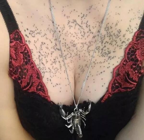 网友们纹过最丑的纹身,看着简直要哭出声.赐我后悔药啊!