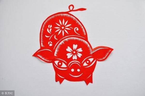 金猪剪纸制作步骤