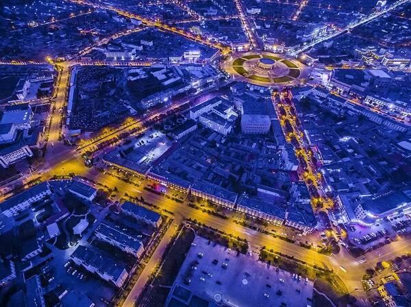 八卦城呈放射状圆形,街道布局如神奇迷宫般,路路相通,街街相连.图片