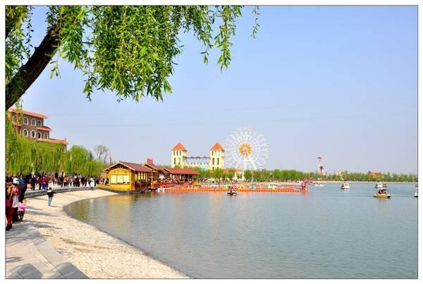 大荔县同州湖风景区位于陕西渭南大荔城区段,占地面积4平方公里,国家
