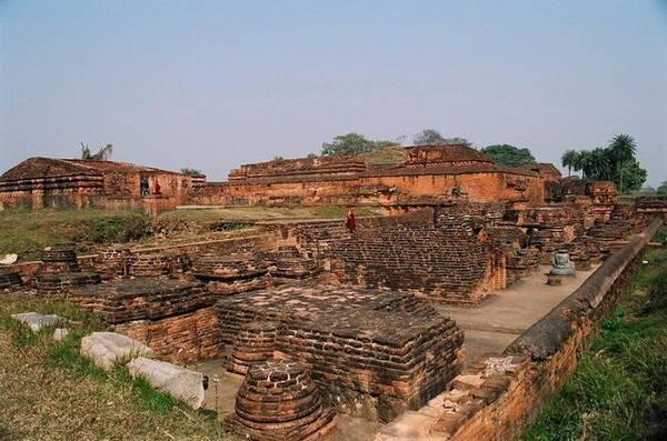 印度历史上第一次统一的王朝,相当于中国的哪