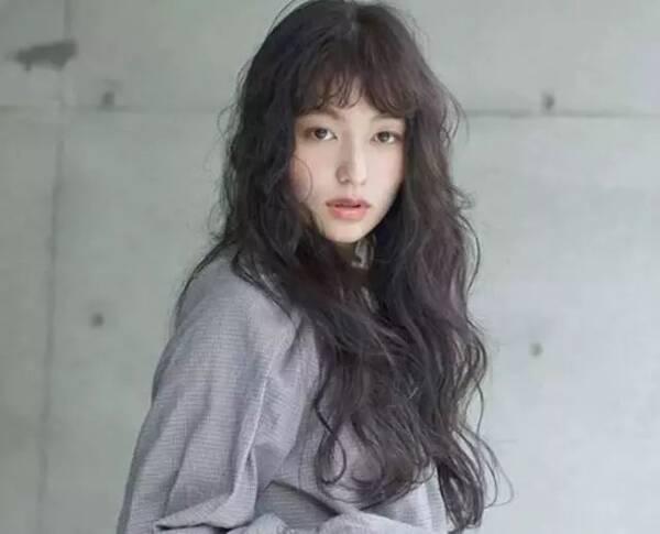 圆脸女生剪这3种发型,减龄10岁,提高颜值!图片