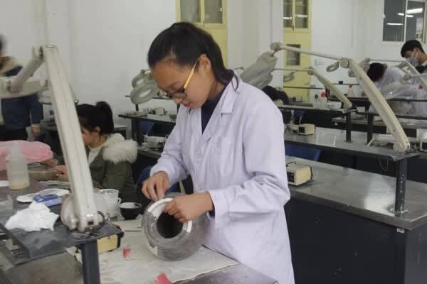 理科女生学什么专业比较好就业前景好的理科专业