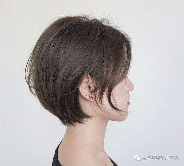"""2018流行""""短发女神范""""图片"""