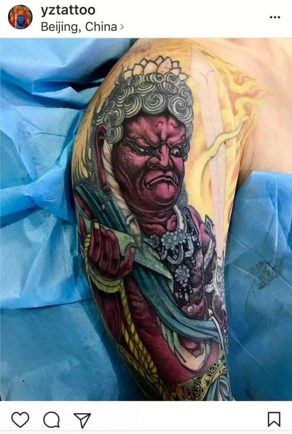 此图出自院办个人相当欣赏的传统纹身艺术家——杨卓 为此,细心的院