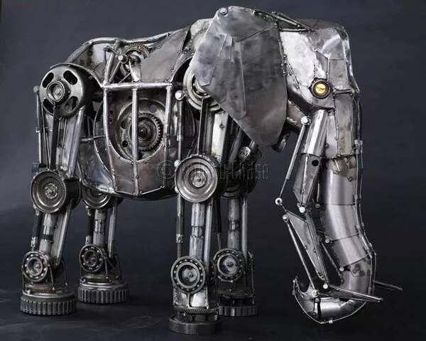 雕塑丨用钢铁皮制成的机械动物,感觉像在看科幻大片