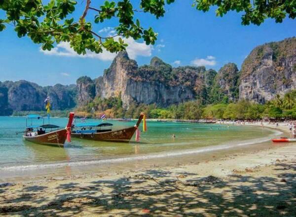 就拿这次的布吉岛沉船事件来说,其实事故的最主要负责方是泰国,可是