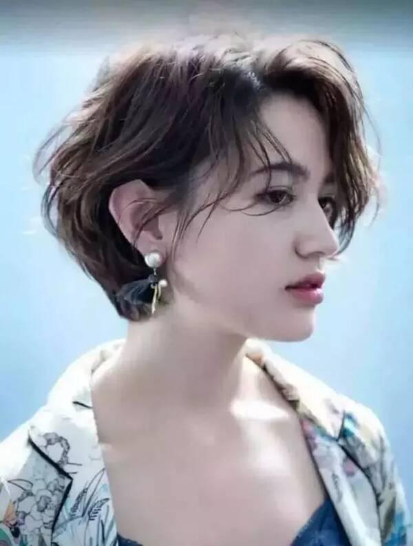 想换发型的女生看过来!2018流行的65款发型,长发短发