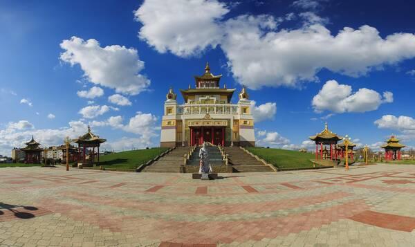 2,释迦牟尼大金寺(卡尔梅克共和国)
